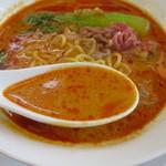 麺胡房 - 胡麻の風味が濃いスープ