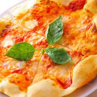 フォレスタ - ピザ職人が焼き上げる生地は外はカリっと中はもちもち♪