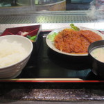 江戸幸 - 江戸幸定食(750円)ビーフカツ(粕汁付)