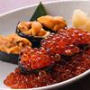 鮮魚楼 - 料理写真:うにといくらのこぼれ寿司。
