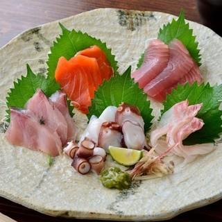 朝捕れの新鮮な鮮魚