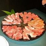 焼肉庵ちくしん - 桐(和牛上カルビ、和牛上内モモ、和牛カルビ、国産内モモ、カシラ)