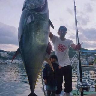 ■漁師さんが釣ったマグロを一本買い!オーナー自ら漁にも行きます!!