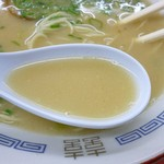 長浜一番 - 塩分を感じるしっかりしたスープ