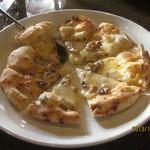 ピッツェリア ラマーノ - マッシュルームのピッツア