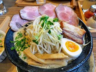 赤シャモジ - 特製味噌らーめん(大盛)