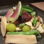 広尾はしづめ - 季節野菜のにぎやか炒め