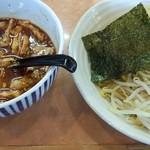 ゴリララーメン - 辛味肉汁つけ麺300g