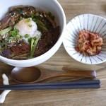 カフェ ギュット - 島豚丼