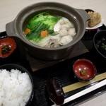 博多華味鳥 - 水炊き定食1150円なり。高菜、唐揚げつき。