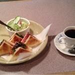 ばら - 料理写真:トーストセット \680