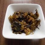 優乃華のやきそば屋 - 辛子高菜。ごはんがもう一杯欲しくなります 2013.11