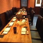 彩華 - テーブル席最大20名様迄、宴会等にどうぞ!