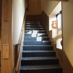大喜 - 階段を上がって2Fへ