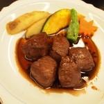 大喜 - 伊勢肉サイコロステーキ