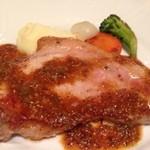 22930103 - もち豚ロース肉のソテー ピクルスと粒マスタードソース