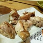 駅前酒場 赤まる - 2013.12 地鶏の炭火焼き