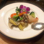 香虎 - 海老やイカの炒め物