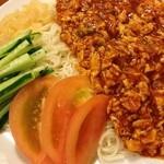 22936795 - ジャジャ麺  肉が入ってなく、麺は素麺と斬新