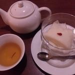 中国料理 龍 - 杏仁豆腐 ジャスミンティー