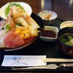 御食事処 日野治 - 特上海鮮丼