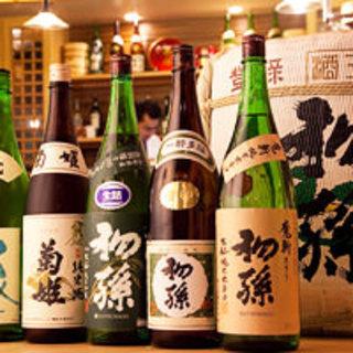 厳選の日本酒とお酒にもよく合う自慢のお料理をご用意しております!