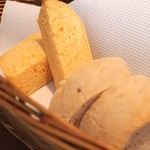 cucina Wada - 自家製パン
