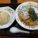 らーめん処次男坊 - Bセット半炒飯&ラーメンセット800円