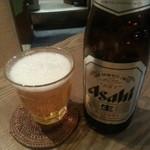 和牛焼肉 布上 - アサヒの瓶ビール(550円) グラスがお洒落~♪