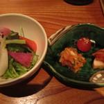 22943988 - 蕪のサラダと、キムチは白菜、トマト、長芋