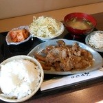 ダイニング薫 - 日替わり¥580豚生姜焼き