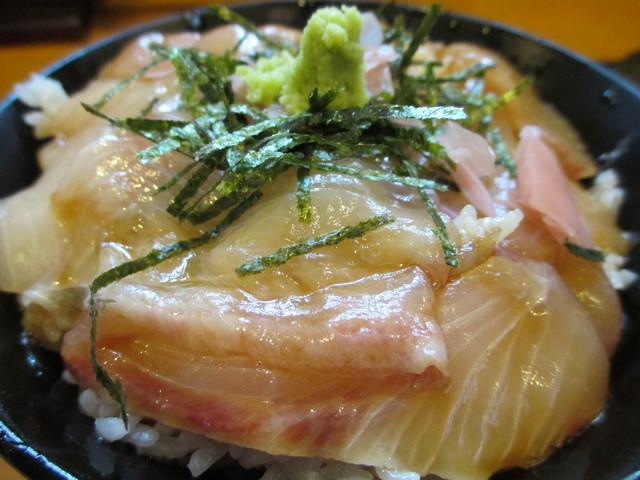 づけ丼屋 桜勘 , 1000えん カンパチづけ丼定食W2013.11