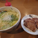 季風軒 - チャーシュー麺(再訪) 750円