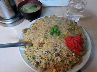 大衆中華 宝来 北24条店 - 味噌スープ付きです(2013年11月)。