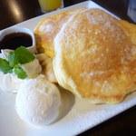 Manly - リコッタチーズのパンケーキ