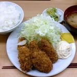 とんかつ山家 上野店 - 山家 上野店 カキフライ定食 890円 ご飯少な目