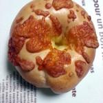 オホーツクベーグル - 料理写真:Wチーズベーグル