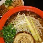 22957875 - 黒とんそば(太麺)