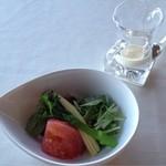 レイクサイドヴィラ 翠明閣 - サラダは冬だから仕方ない