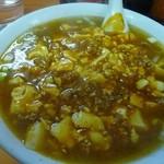 中華楼 - 料理写真:麻婆麺680円