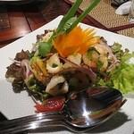 jasumintai - シーフードのサラダ