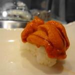 鮨よし - 12月限定の特別な雲丹(落石の)