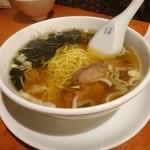 万里城 - 料理写真:子供ラーメン。