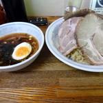 22978339 - 和風つけ麺 チャーシュー入り 990円