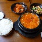 韓国家庭料理 スッカラとチョッカラ - 豆腐チゲ