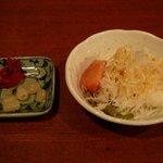ガゼボ - ランチカレーにセットのサラダ