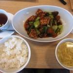 中華ごはん かんざし - 昼も夜も本日のごはん¥950の「メイン&ご飯&スープ&ゼリー」(2投目)