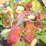 癒酒屋 富 -  カルパッチョサラダ寿司   小600円    大880円