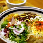 kawara CAFE&KITCHEN - 自家製デミグラスソースハンバーグのロコモコ