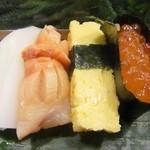 魚がし寿司 - 特上寿司の一部 ②
